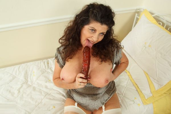 Gilly is a hot milf, i can't choose..tits, ass, pussy! check for yourself