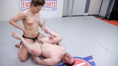 Evolved Fights - Cheyenne Jewel, Fluffy