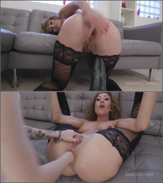 Julia North - LegalP0rno -  Testing The Handmade Khun Size XL (With Additional Anal Fisting) TWT050 (FullHD 1080p) [2021]