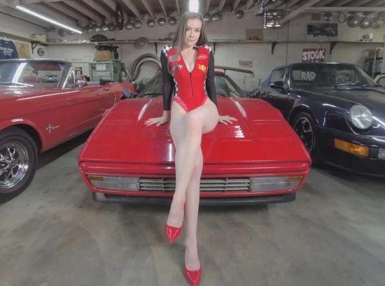 Ferrari - Beautiful Amateur Solo Striptease Gear vr