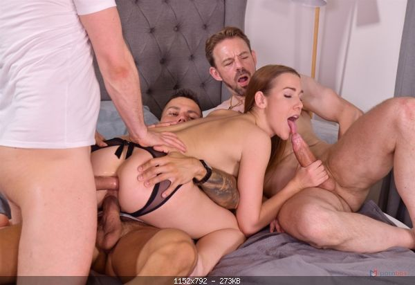 Group Alexis Crystal – 3 Dudes Stuff Cleaning Lady Alexis Crystal Airtight for S