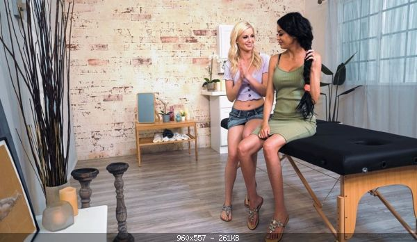 Lesbimania Charlotte Stokely, Jamie Michelle (Repaying The Favor / 18 10 21)