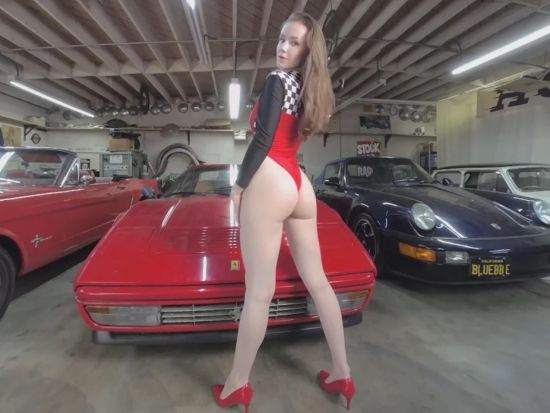 Ferrari - Beautiful Amateur Solo Striptease Oculus Rift