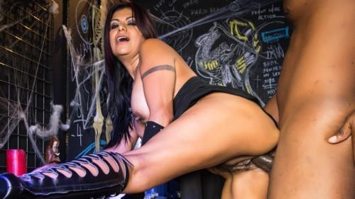 GlamourPornstar   Gabby Quinteros   Gabby Evil Horror