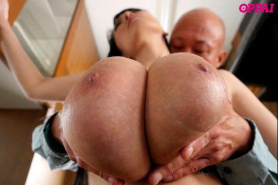 [PPPD-579] Hitomi Tanaka - DIY Bandage Calmed Lying MegaBusty Wife - 1080p