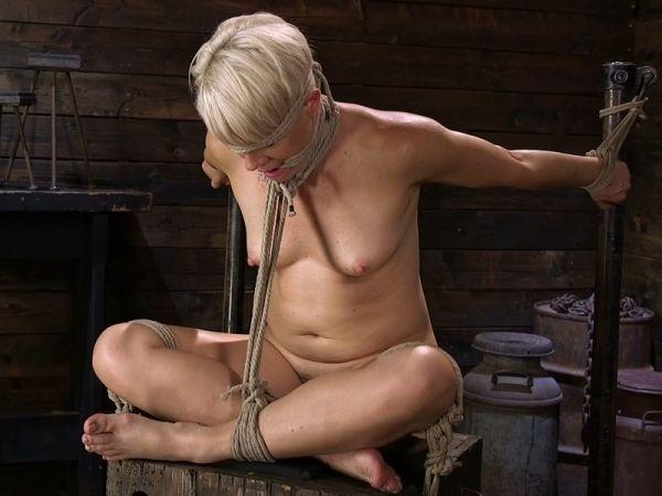 Blonde Buff MILF Helena Locke Made to Cum