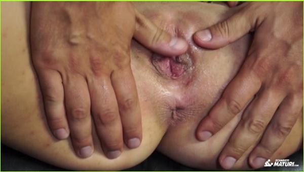 http://picstate.com/thumbs/small/5437384_jq3aq/Milf_17.10.24.Indya.Mirales_cover.jpg