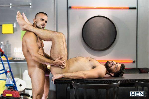 MEN – Skilled Tricks Part 2 – Damien Crosse & Nicolas Brooks