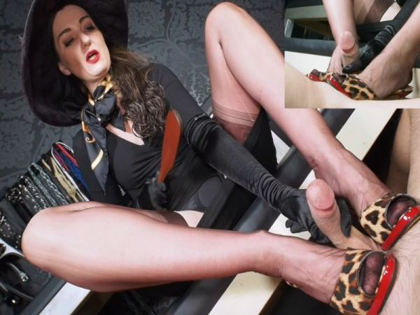 Lady Victoria Valente - Extreme High Heels cum feeding game
