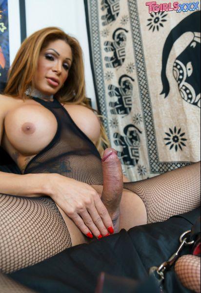 TGirls.XXX - Vanessa Jhons - Vanessa Creamy Load! [HD 720p]