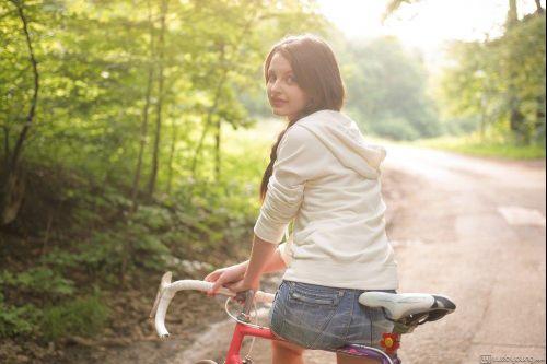 riding_my_bike__image_1_.jpg