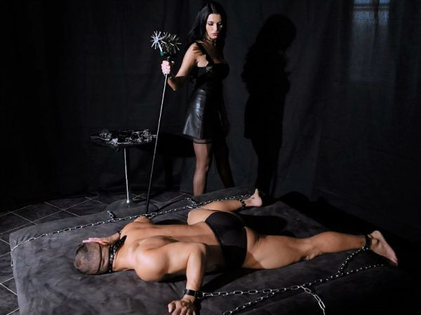 Ania Kinski - BDSM Chamber of Humiliation