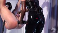 Kinkymistresses_Mistress_Susi_Strapon_Suspension__003198_2018-03-15-13-31-50_.JPG