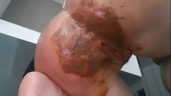 Seductive wet diaper with PantherGodes - June 11, 2018