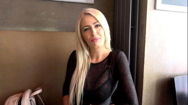 Cristina - Cristina, 30ans, auteure et mannequin ! [FullHD 1080p] (JacquieetMichelTV)