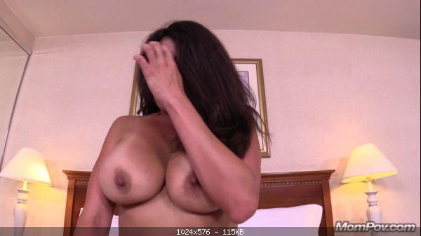 Milf Raquel - 36 year old big tits amateur Latina MILF