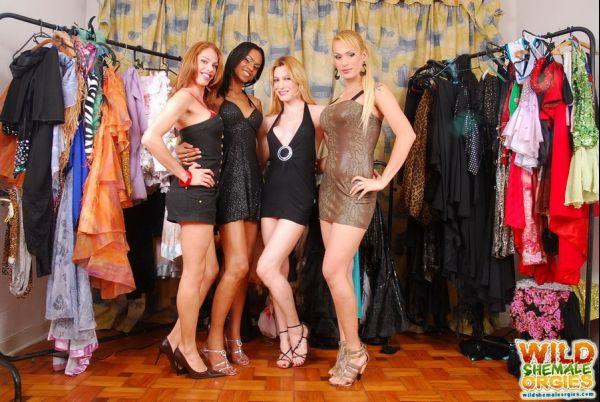 Bia Bastos, Evelin Rangel, Isabela Davilla, Kawanna Di Prado - Dressing Room Orgy (HD 720p)