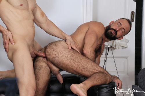 In_The_Hole_Xavi_Garcia_And_Mario_Galeno_720p_s5.jpg