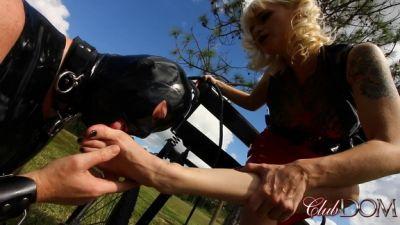 Clubdom – Goddess Dahlia Trains the Pony slave (Full Movie)