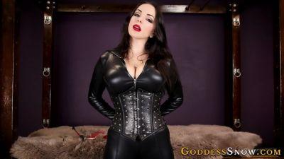GoddessAlexandraSnow – Enslaving the Male