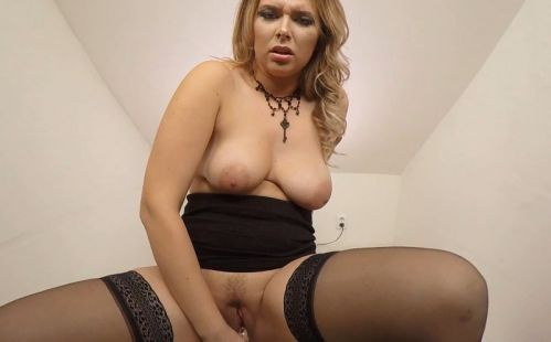 180 - Nikky Dream - Chubby Solo Model Toying Gear Vr