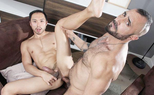KB – Casting Couch #398 – Gian Rey & Indigo Baz