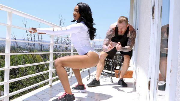 Lala Ivey - Yoga Mat Muff