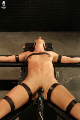 PerfectSlave – Strapped Tight and Grinding Hard – Wenona