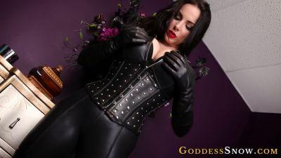 GoddessAlexandraSnow – Leather Clad Worship