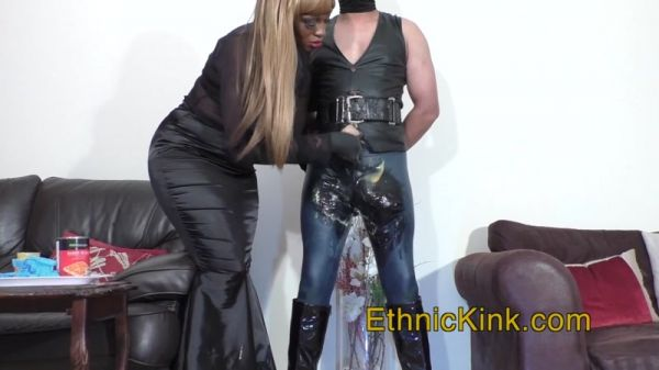 Goddess Sonyas Clip Store  Ava Puts Food In Your Pants