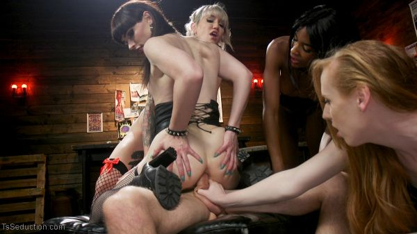 TSSeduction: Natassia Dreams, Natalie Mars, Lena Kelly, Shiri Allwood - Slag Angels on Wheels: Episode 3 (HD/2018)