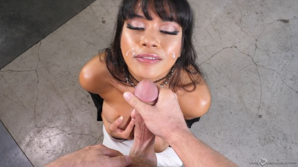 Aryana Amatista - Striptease For My Stepbrother