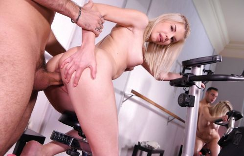 Fucking Her Trainer - Olivia Sin Gear Vr
