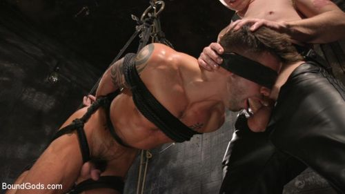 BG_Casey_Everett_Tormented_And_Fucked_In_Full_Suspension_720p_s6.jpg