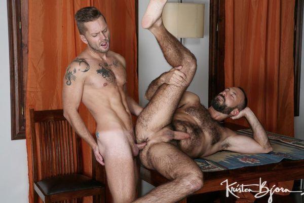 KB – Casting Couch #401 – Mars Gymburger & Xavi Garcia