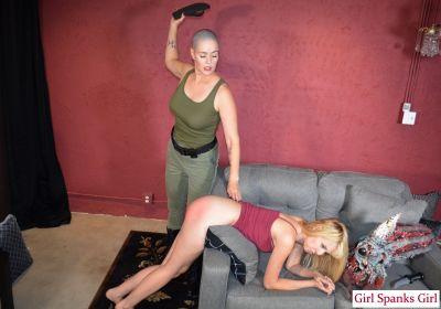 GirlSpanksGirl - Alien Combat Training