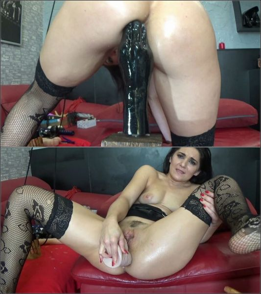 BlackAngel - Deep Fisting And Toying Ass - 11.01.2019 [HD 720p] (M@nyVids)