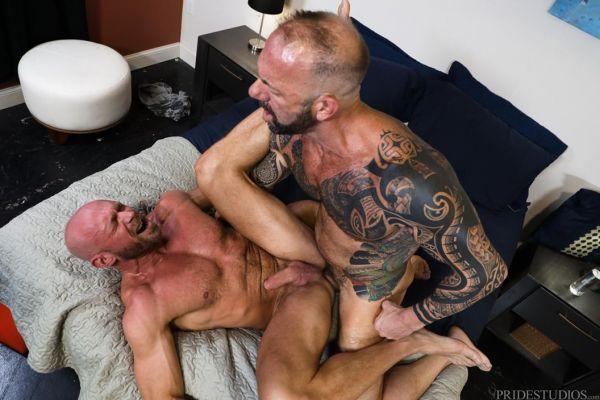 EBD – Damn! It Is Big!!! – Vic Rocco & Killian Knox