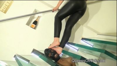 QueensofKink – Cock, Balls and Face Trampling