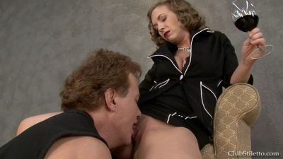 Clubstiletto – Get Mommy Off – Mistress T