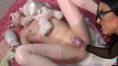 Natalie Mars - Training the Baby-Gimp