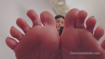 CumCountdown – Ready To Be My Footstool? – Goddess Nikki