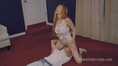 FemaleWorship – It's Gaping At You – Lauren Phillips