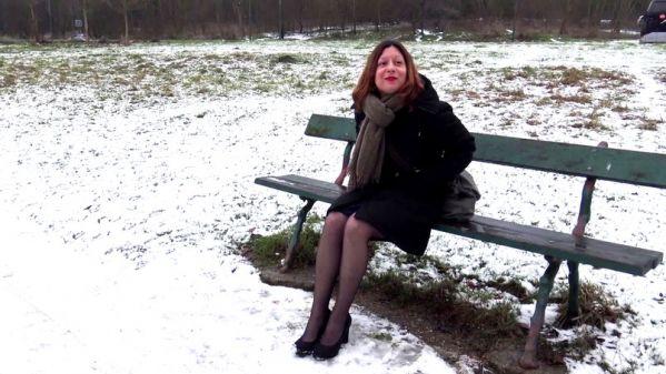 Lucie - Lucie veut faire de nouvelles experiences - 30.01.2019 (FullHD/2019) by JacquieetMichelTV.net