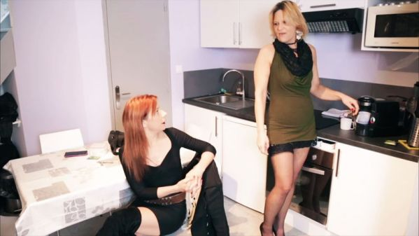 JacquieetMichelTV: Lolly - A la rencontre de Lolly, 41ans, secretaire - 01.02.2019 (FullHD/2019)