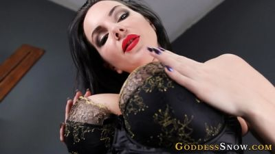 GoddessAlexandraSnow – Perfect Tits and Armpits