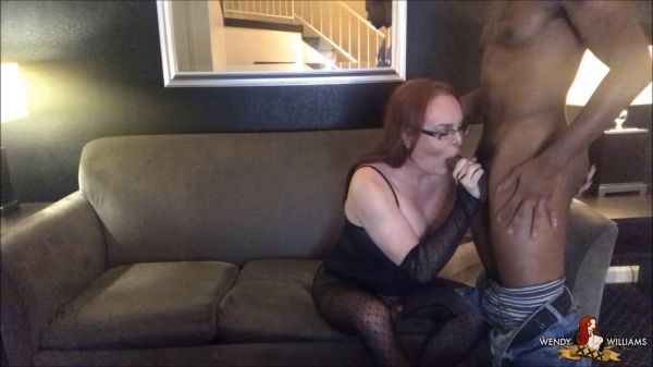 WendyWilliamsXXX: Wendy Williams - Wendy Meets Buck Wright [HD/720p]