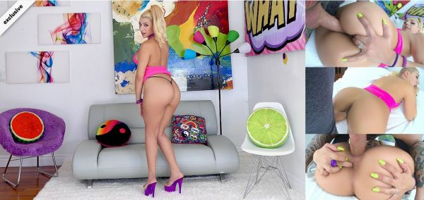 Valentina Jewels - Booty Bouncing With Valentina