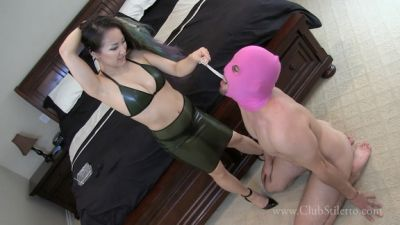 Clubstiletto – The Price He Pays To Lick Her Stale Pussy Juice