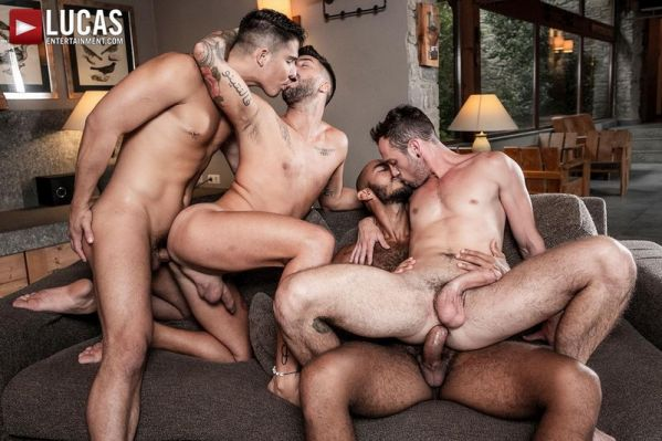 LE_-_Louis__Apolo__Drake__And_Andreas_Ass-Splitting_Foursome.jpg